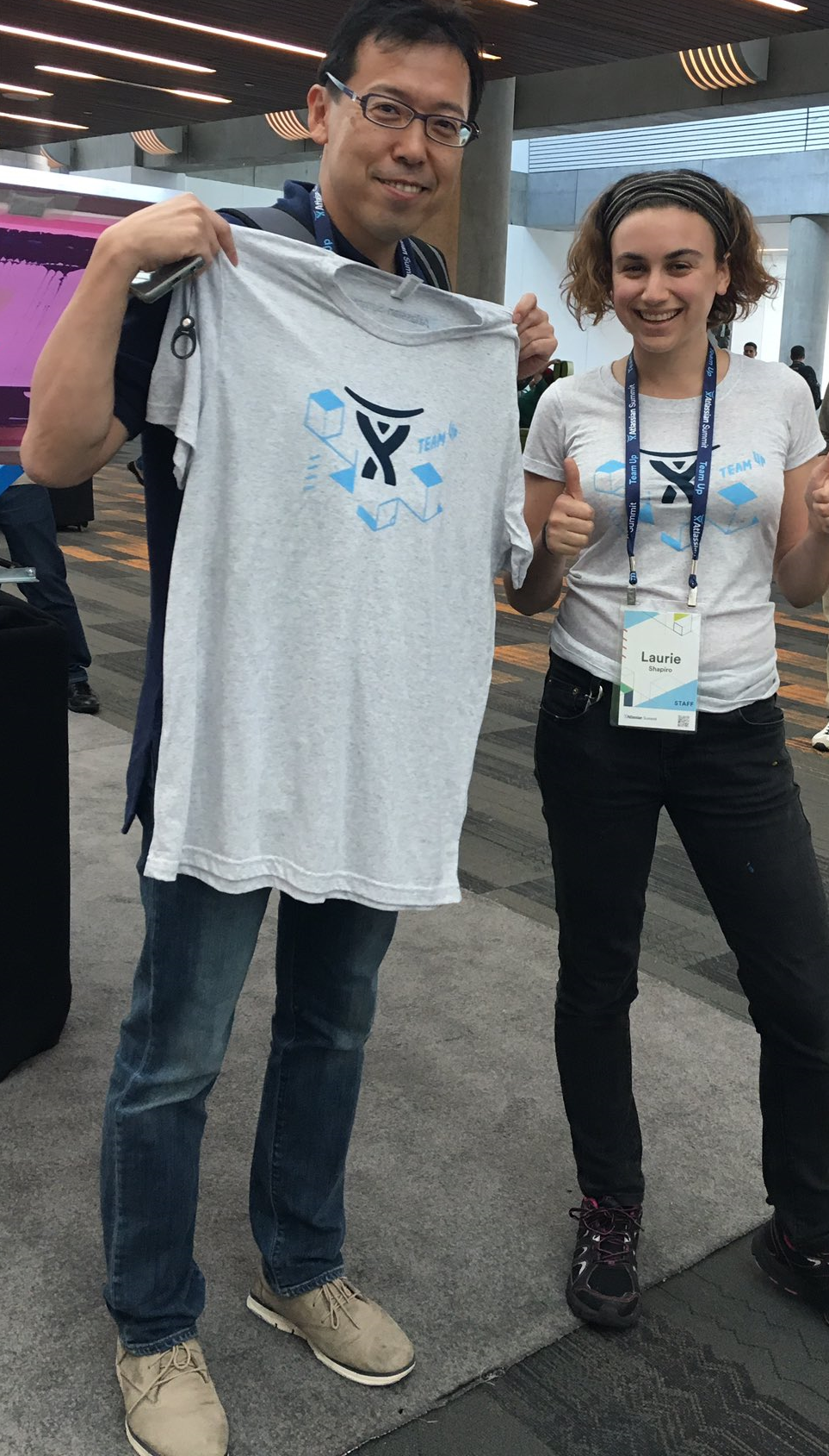 Atlassian Summit 2016 Tシャツ